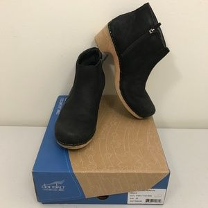 GUC Dansko Maria Black Nubuck Leather Boots 37/7